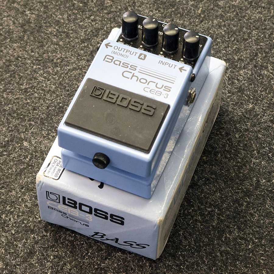 boss bass chorus pedal review