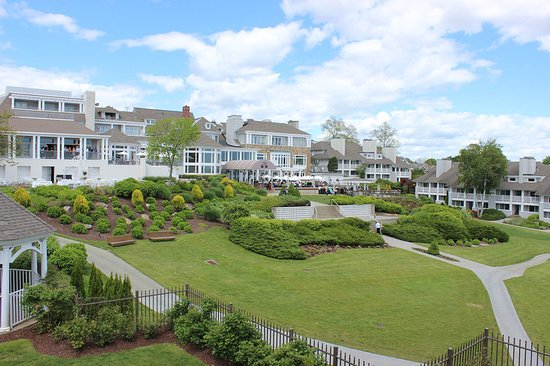 waters edge resort and spa reviews
