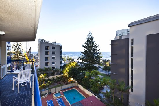 surf regency surfers paradise reviews