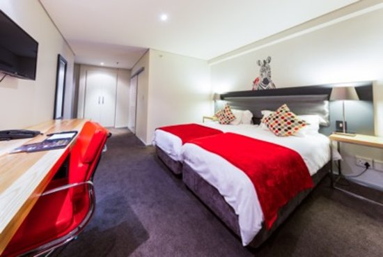 fountains hotel cape town reviews