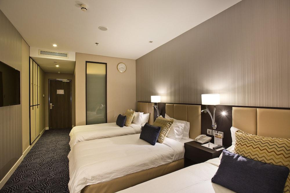 ambassador transit hotel terminal 3 reviews