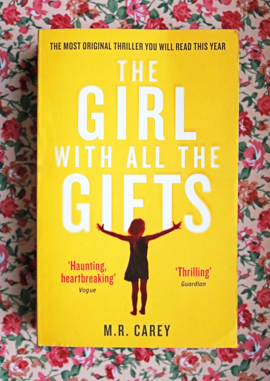 the girl with all the gifts review book