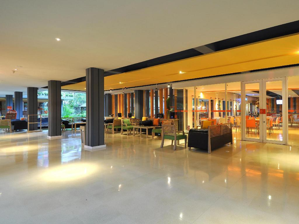 harris hotel residences riverview kuta bali review