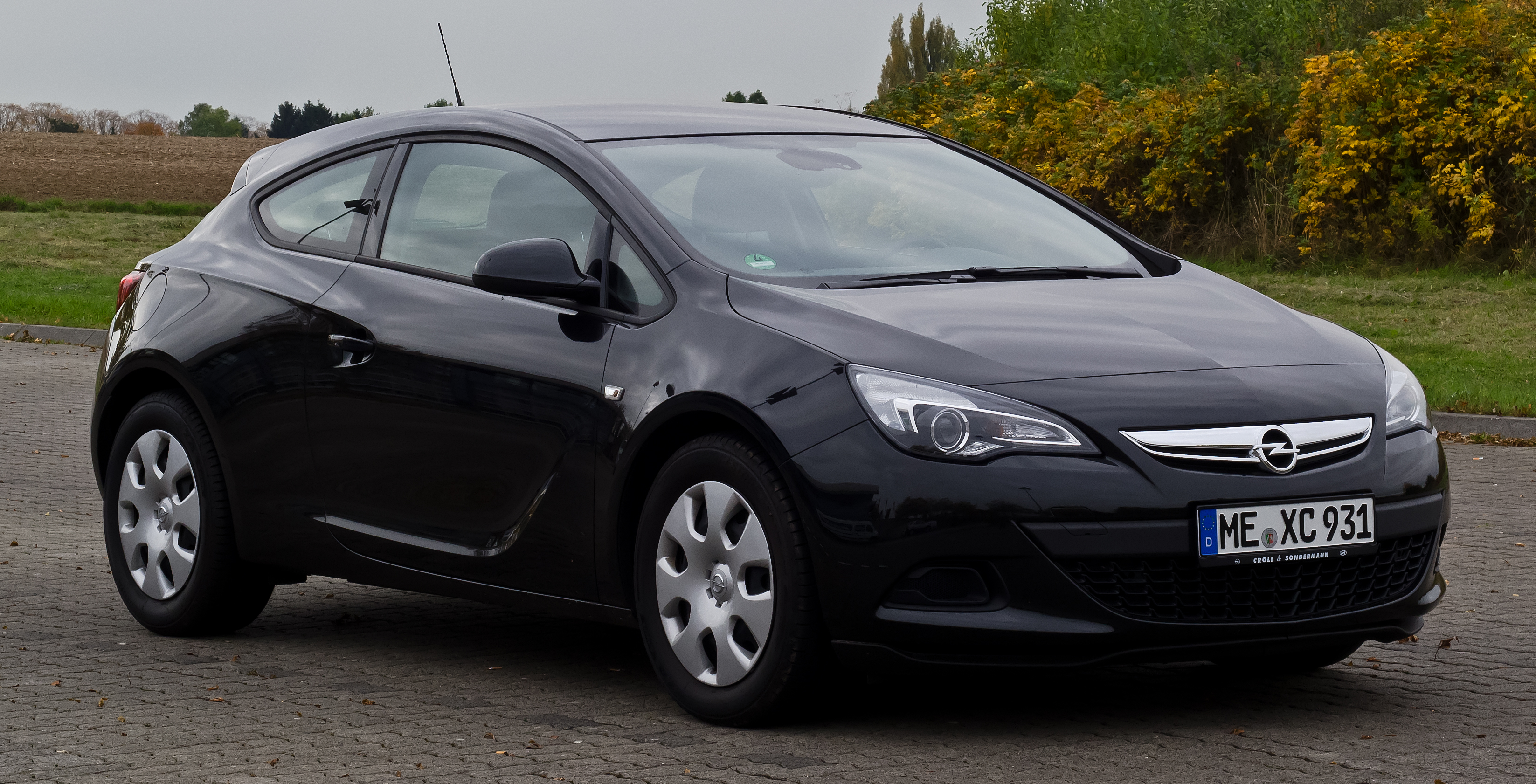 opel astra 2013 1.4 turbo review