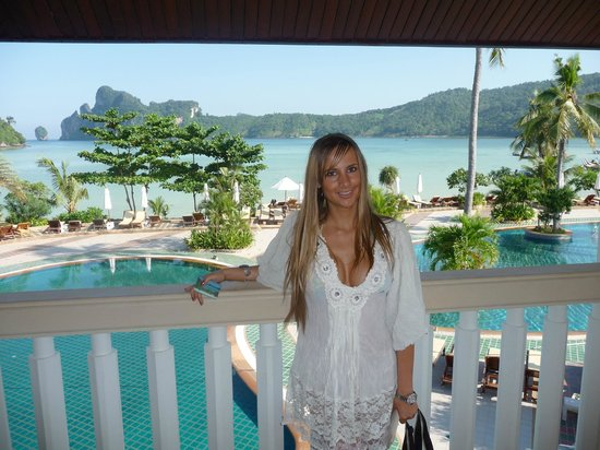 phi phi island cabana hotel reviews